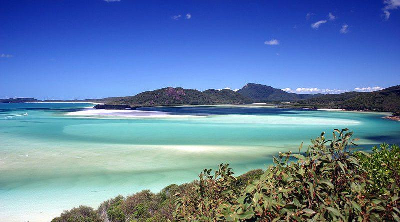 800px-Whitsunday_Island_-_Whitehaven_Beach_05