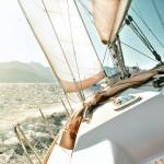 Voilier, moteur : à chaque bateau sa tenue !