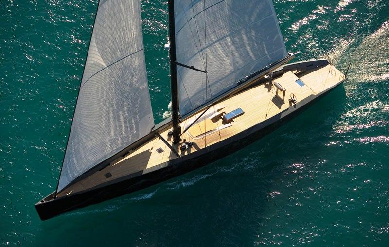 Vue du dessus du yacht Wally Esense
