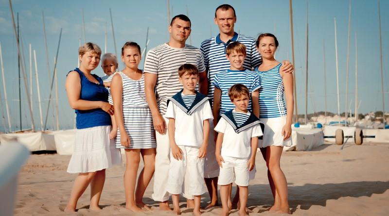 Famille en bateaux
