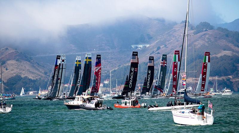 Photographie de bateaux lors de l'America's Cup