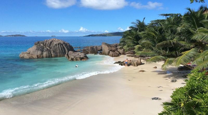 Plage de la Digue, aux Seychelles