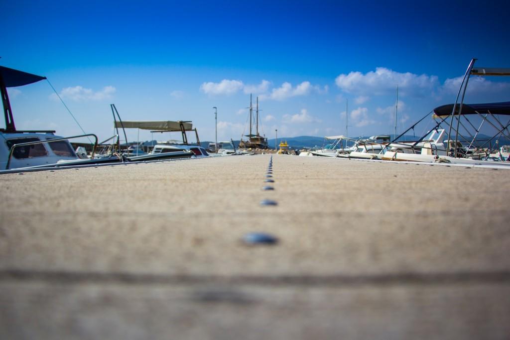 Photographie des quais d'un port