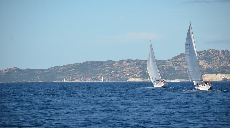 Voiliers au large de la Corse