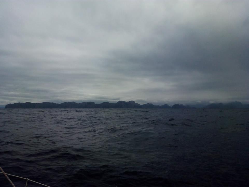 Photographie de la mer et du ciel gris