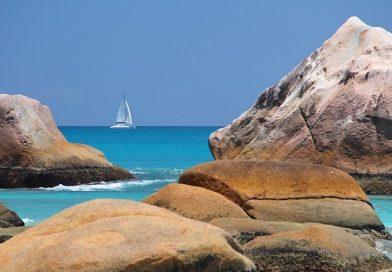 Voguer en bateau aux Seychelles : pourquoi tenter cette expérience ?